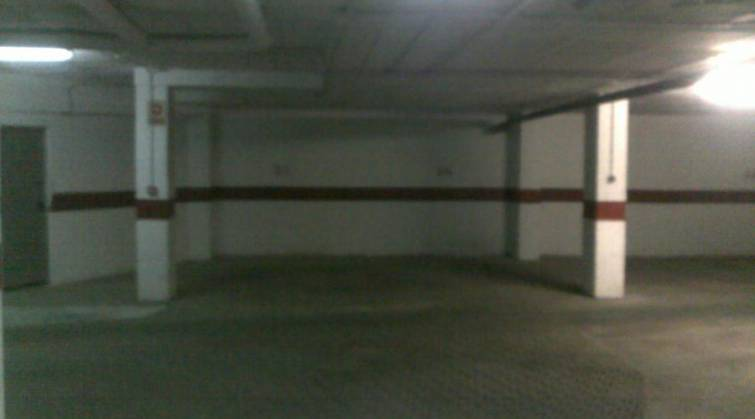 Garages / Parkings - Resale - Torrevieja - Torrevieja