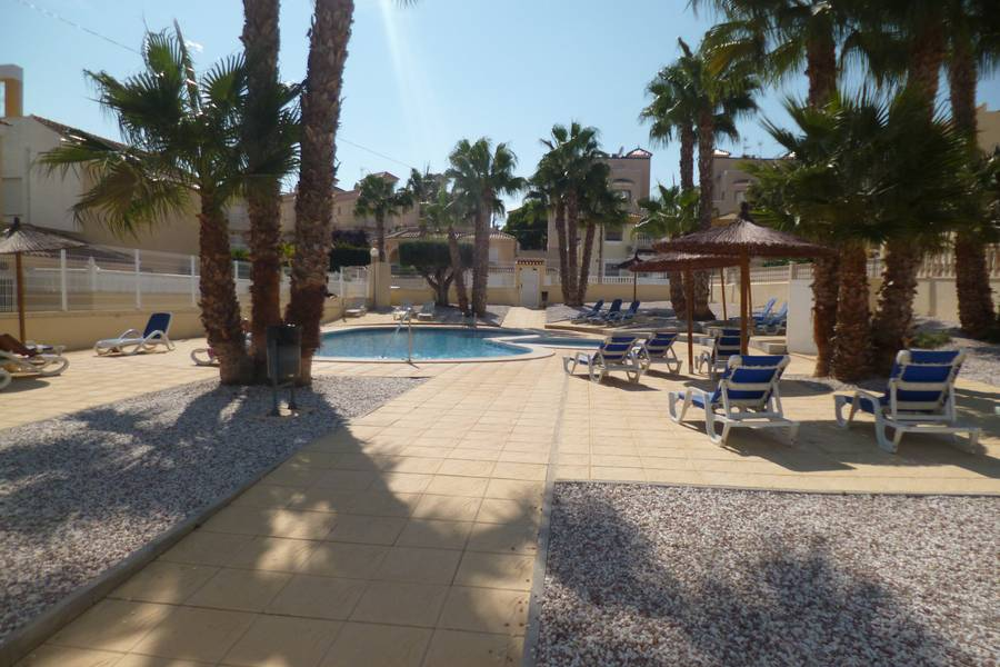 Resale - Apartments - Villamartin
